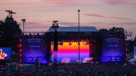 """Die US-amerikanische Rock-Band Thirty Seconds to Mars beim Open-Air-Festival """"Rock im Park"""" in Nürnberg."""
