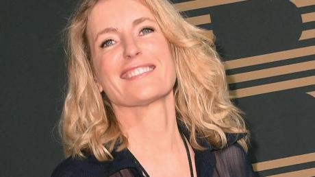 Die Schauspielerin Maria Furtwängler steht derzeit als launenhafte und egozentrische Rockmusikerin und Mutter vor der Kamera.