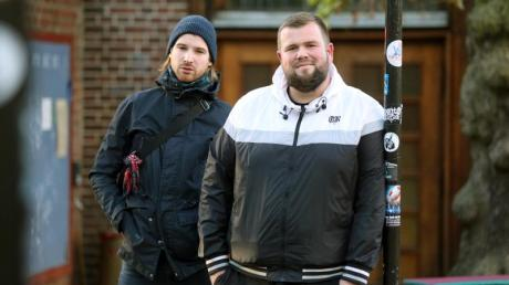 """Christoph Sell (l) und Jan """"Monchi"""" Gorkow von der Band Feine Sahne Fischfilet. Foto: Danny Gohlke"""