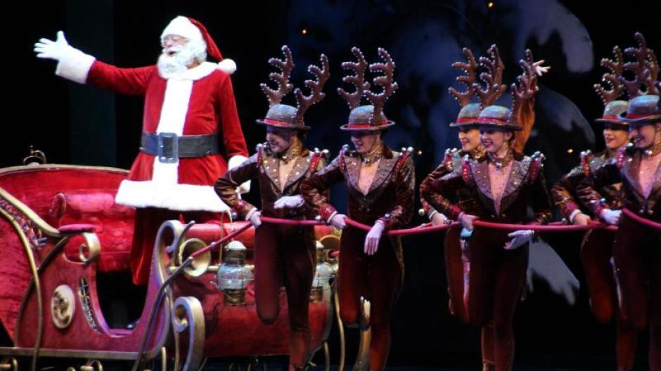 Tanztruppe: New Yorker Rockettes eröffnen Weihnachtssaison mit ...