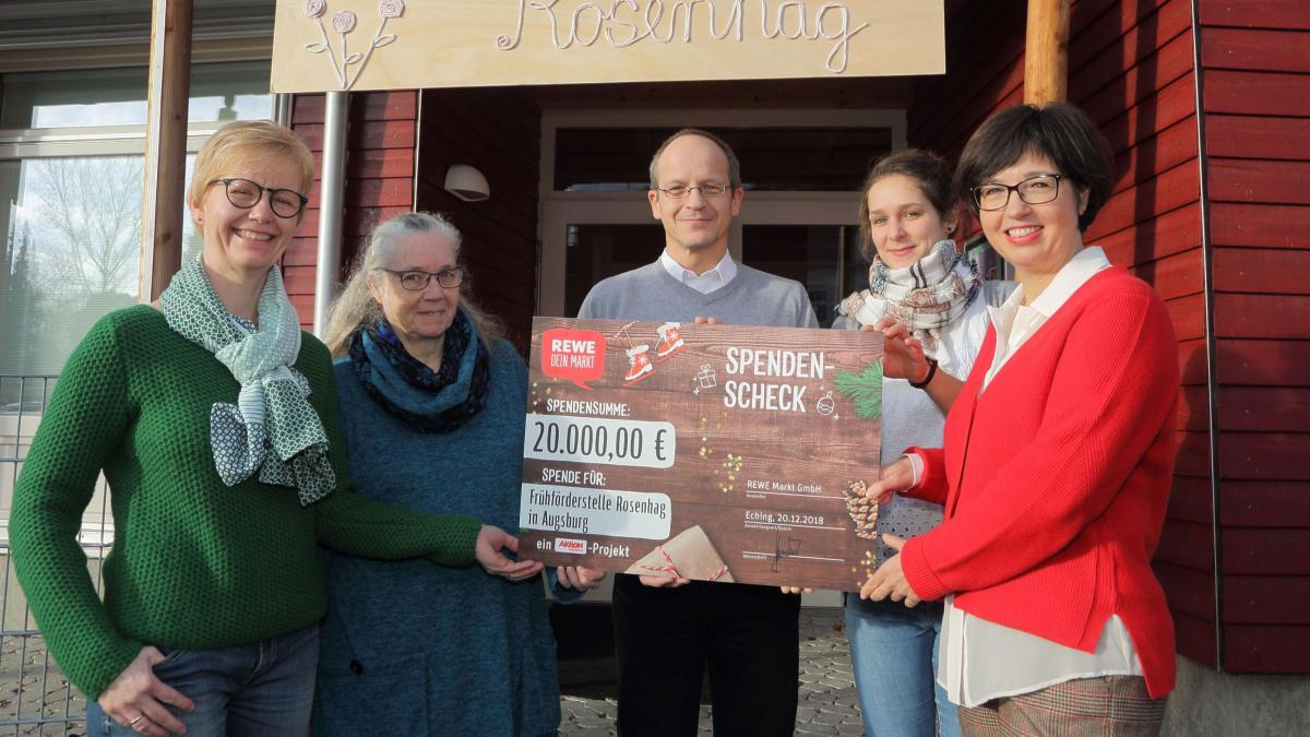 Spenden Weihnachtsgeschenk Fur Die Fruhforderstelle Augsburger Allgemeine