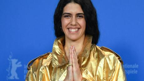 Cemre Ebüzziya, Schauspielerin in «Kiz Kardesler (A Tale of three Sisters)», glänzt auf der Berlinale.