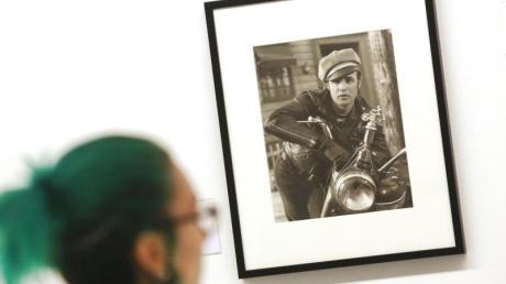 Marlon Brando ist «Der Wilde» (1953) - ein Foto von Irving Lippman. Foto: Roland Weihrauch