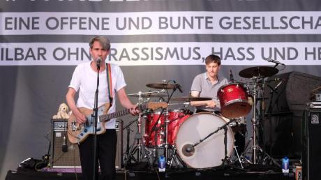"""Die Band Tocotronic beim Festival """"Kosmos Chemnitz - Wir bleiben mehr"""". Foto: Sebastian Willnow"""