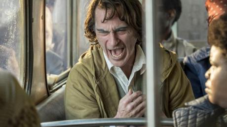 Arthur Fleck/Joker (Joaquin Phoenix)dreht durch.