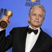 """Golden Globes: Michael Douglas ist für """"The Kominsky Method"""" als bester Hauptdarsteller in einer Comedy-Serie ausgezeichnet worden. Hier alle Nominierungen für die Globes 2020."""