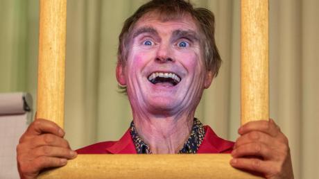 Der Comedian Detlef Winterberg hatte bei den Hochzoller Kulturtagen ein Heimspiel.