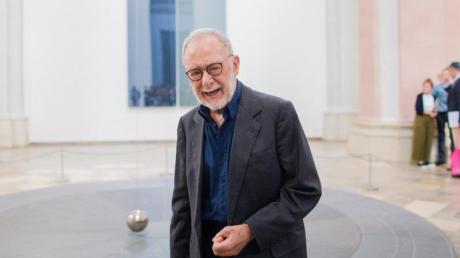 Der Künstler Gerhard Richter verteidigt seinen Platz im «Kunstkompass». Foto: Rolf Vennenbernd/dpa