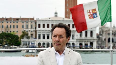 Commissario Brunetti (Uwe Kockisch) ermittelt ein letztes Mal in Venedig.