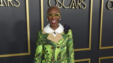 """Bei den Oscars hat die Schauspielerin und Sängerin Cynthia Erivo ihren Song """"Stand Up"""" aus dem Drama """"Harriet"""" live gesungen."""