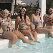 Die Quotenstimmten nicht: Angesichts dramatisch sinkender Zuschauerzahlen setzt Sat.1 die Nacktshow «No Body is perfect» ab.
