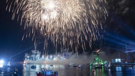 Zum Abschluss ein Feuerwerk:In Rijeka wurde die offizielle Eröffnung des Europäischen Kulturhauptstadtjahres gefeiert.
