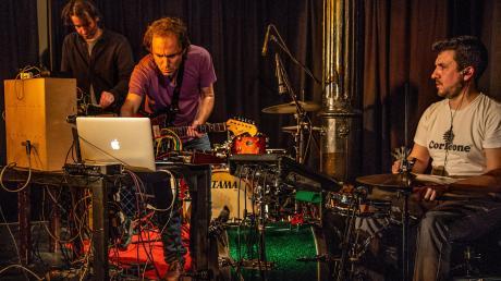 Ins Klanglabor von Colossus of the Road führte das Festival für improvisierte Musik in der Kresslesmühle.