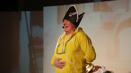 """""""Trumpelstilzchen"""" wähnt sich auf Augenhöhe mit Napoleon, gespielt vom Schauspieler Heinz Schulan."""