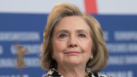 Die frühere US-Präsidentschaftskandidatin Hillary Clinton will eine zweite Amtszeit von Donald Trump verhindern.