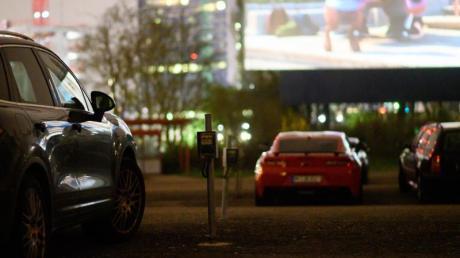 Das Autokino bietet Filmfans eine vorrübergehende Ausweichmöglichkeit.
