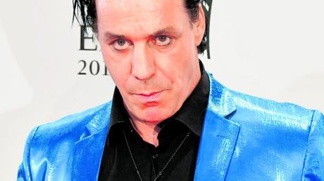 """Rammstein-Sänger Till Lindemann hat seinen fünften Gedichtband """"100 Gedichte"""" veröffentlicht."""