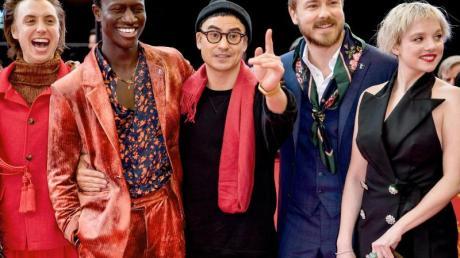Das Team von «Berlin Alexanderplatz»: Regisseur Burhan Qurbani (M) mit den Schauspielern Nils Verkooijen (l-r), Welket Bungue, Albrecht Schuch und Jella Haase.