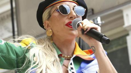 Lady Gaga bei ihrem Auftritt am zweiten jährlichen Stonewall Day.