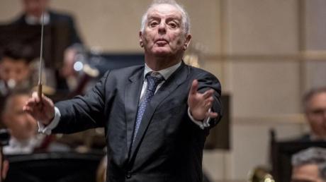 Daniel Barenboim spielte im Goldenen Saal des Musikvereins mit den Wiener Philharmonikern ein Klavierkonzert von Mozart.