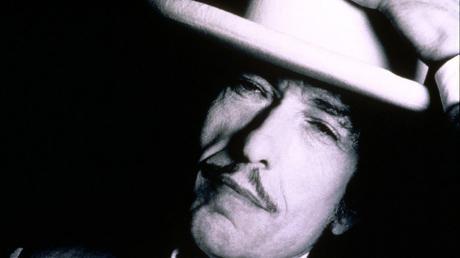 Seine Songs wollten, dass er sie singe, ist Bob Dylan überzeugt.