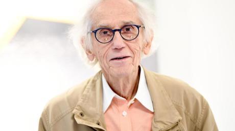 Die Ausstellung im Pariser Centre Pompidou hat Christo noch mit vorbereitet.