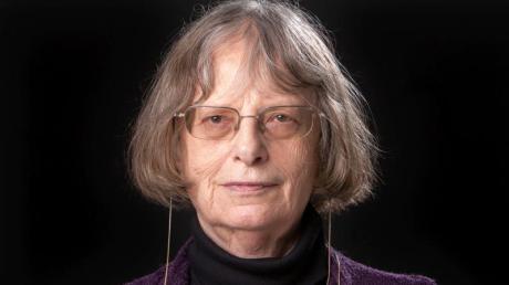 Elke Erb wird mit dem Büchner-Preis ausgezeichnet.