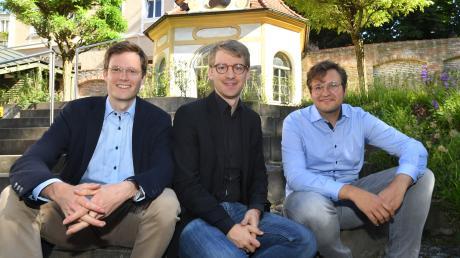 Als Trio im Haus St. Ambrosius für die Augsburger Domsingknaben tätig (von links): Präfekt Johannes Isépy, Domkapellmeister Stefan Steinemann und Kulturmanager Max-Joseph Groß.