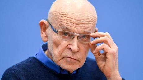 Der Autor und Journalist Günter Wallraff wird ausgezeichnet.