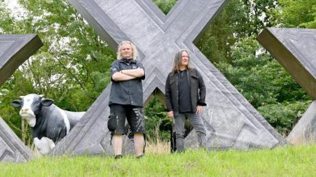 Allein in Wacken: Die Veranstalter Thomas Jensen (r) und Holger Hübner.