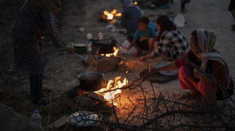 Nach dem Brand in dem griechischen Flüchtlingslager Moria hat auch der Landkreis Aichach-Friedberg eine Familie aufgenommen. Diese lebt nun seit einem Monat in Mering.