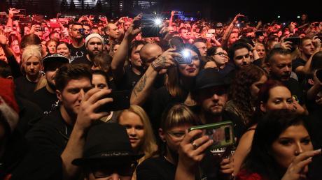 """Wann werden sich die Fans wieder in den Hallen drängen wie hier bei der """"Freiwild""""-Tournee im Dezember 2019 in der BigBox Allgäu in Kempten? Die Kulturveranstalter befinden sich derzeit total im Blindflug."""
