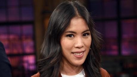 """Die Wissenschaftsjournalistin Mai Thi Nguyen-Kim nach der Aufzeichnung der WDR-Talkshow """"Kölner Treff"""" im April 2018."""
