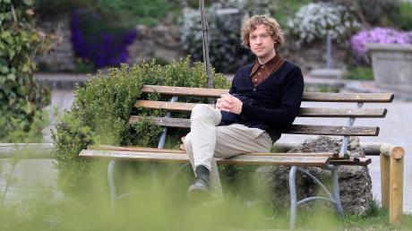 Arbeiten abseits des literarischen Trubels: Der Schriftsteller Roman Ehrlich verbringt sechs Wochen in Irsee, um an seinem neuen Buch zu schreiben.