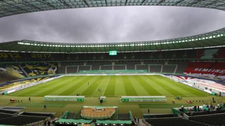 RB Leipzig gegen Borussia Dortmund: Blick ins Olympiastadion Berlin.