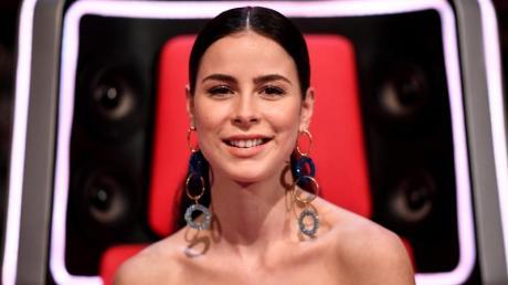 Lena Meyer-Landrut, hier 2020 während der Sendung «The Voice Kids» weckt Hoffnung auf neue Musik.
