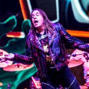 """Selbstbetitelt """"Helloween"""" heißt das 14. Album der Band, das an diesem Freitag erscheint. Andi Deris singt seit 27 Jahren bei Helloween."""