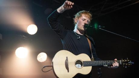 Ed Sheeran tritt in Paris bei «Global Citizen Live» auf.