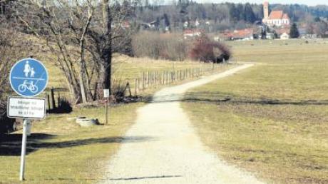 Der Radweg Ziegelstadel zwischen Denklingen und Leeder.