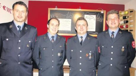 Unser Foto zeigt bei der Jahreshauptversammlung der Feuerwehr Prittriching von links: Kommandant Martin Rupp, Markus Seidensticker (2. Kommandant), Stefan Spöttl (Jugendwart) und Vorsitzenden Jürgen Seeholzer.