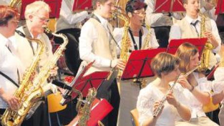 Das Blasorchester Geltendorf hat am Samstag erstmals zu einem Wunschkonzert geladen.