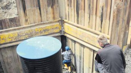 Der Apfeldorfer Trinkwasserbrunnen wird saniert.