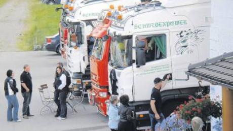 Trucks aus dem ganzen süddeutschen Raum und Österreich haben sich zum dritten Treffen am Lustberg bei Denklingen angemeldet.