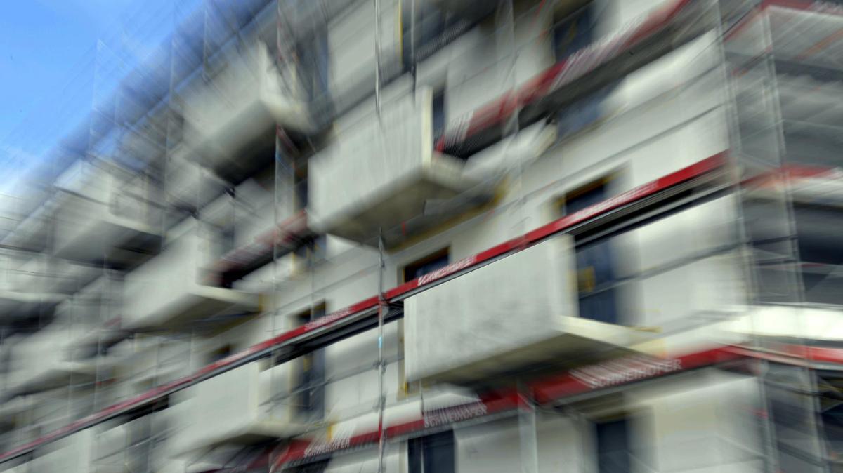augsburg alleine wohnen wird in augsburg zum luxus lokales augsburg augsburger allgemeine. Black Bedroom Furniture Sets. Home Design Ideas