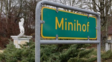 Ob der Minihof bei Entraching bald zur Asylbewerberunterkunft wird, ist noch offen.