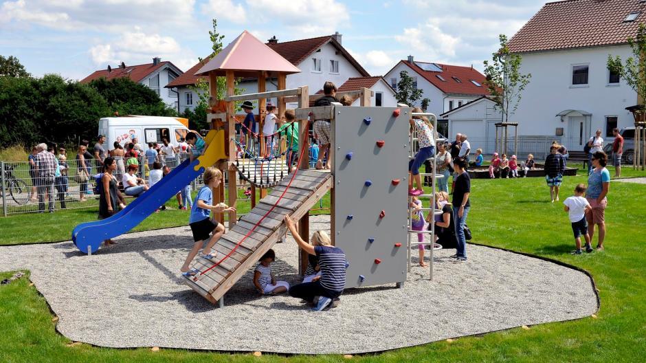 Klettergerüst Ab 1 Jahr : Grundschule scholen neues klettergerüst mit hängematte schwaförden