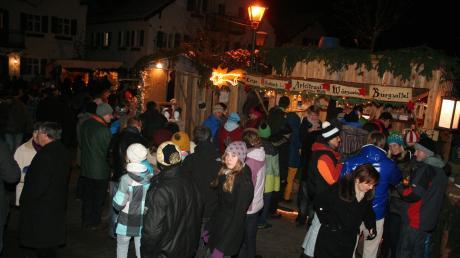 Der Apfeldorfer Weihnachtsmarkt ist alljährlich ein Treffpunkt für den ganzen Landkreis.