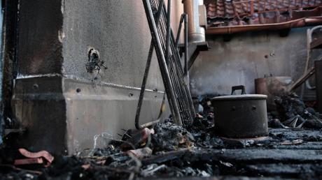 Ein Brand an einem Einfamilienhaus hat in der Nacht auf den zweiten Weihnachtsfeiertag in Egling einen Sachschaden von rund 100000 Euro verursacht.