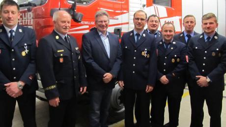 Unser Foto zeigt (von links): Bernhard Glatz, Peter Kawohl, Wilhelm Böhm, Mathias Braun, Bernhard Melder, Markus Schmid, Alois Fackelmann und Dominik Freihart.