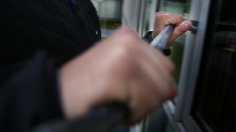 Im Landkreis Landsberg sind wieder Einbrecher unterwegs.